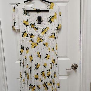 NWT Torrid lemon print dress